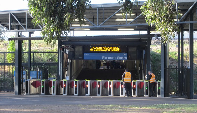 Richmond station, Swan Street entrance, before an MCG game