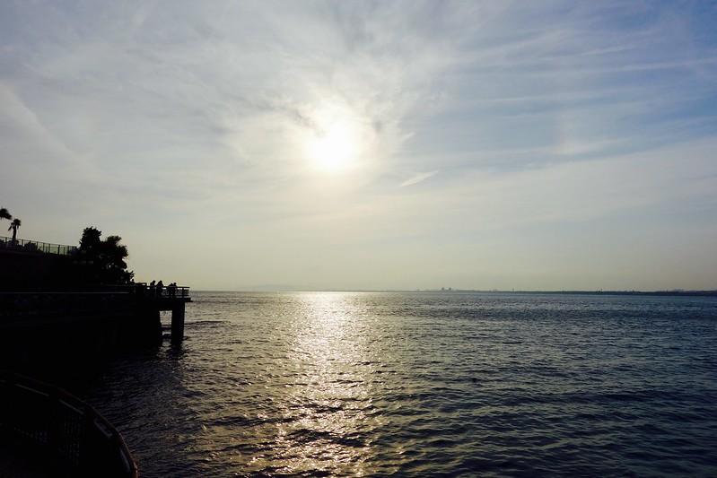 夕暮れの江の島