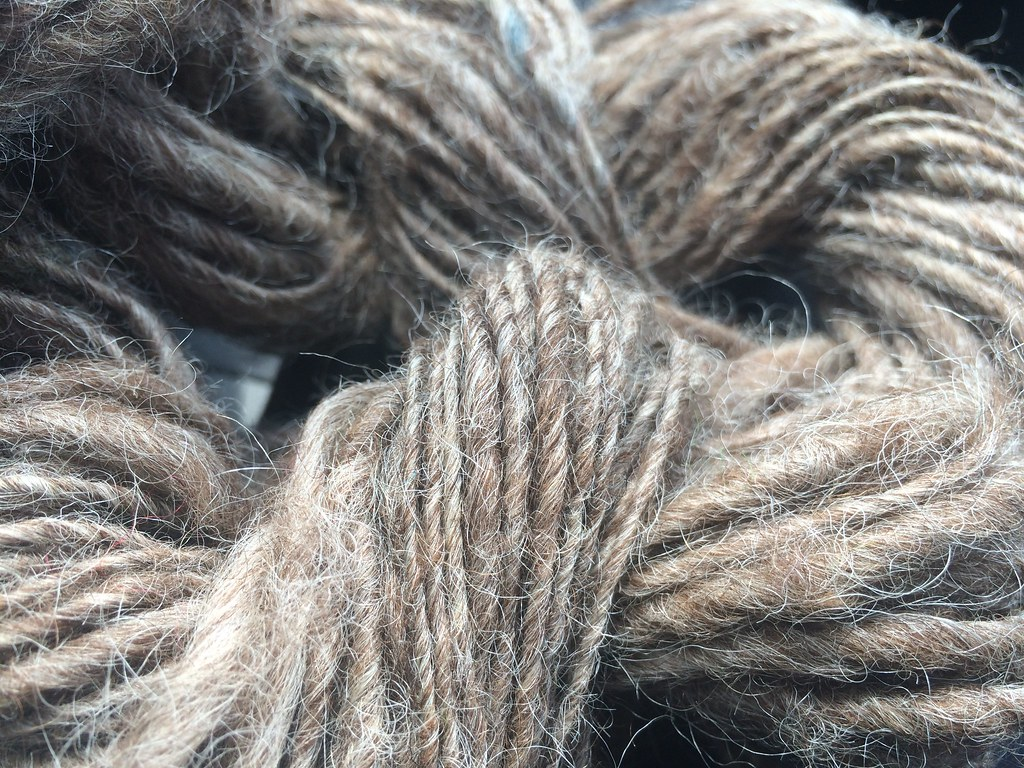 Handspun yarn from natural wool