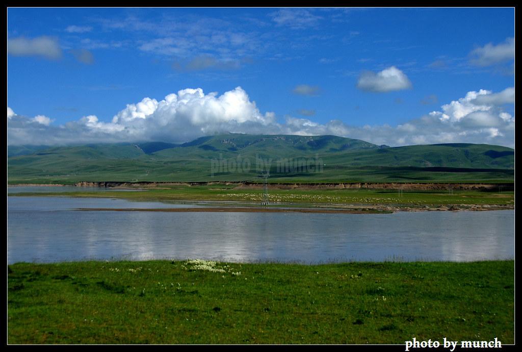 中國藏區,圖博人相信水生於土,水源保護,先要保護草場。