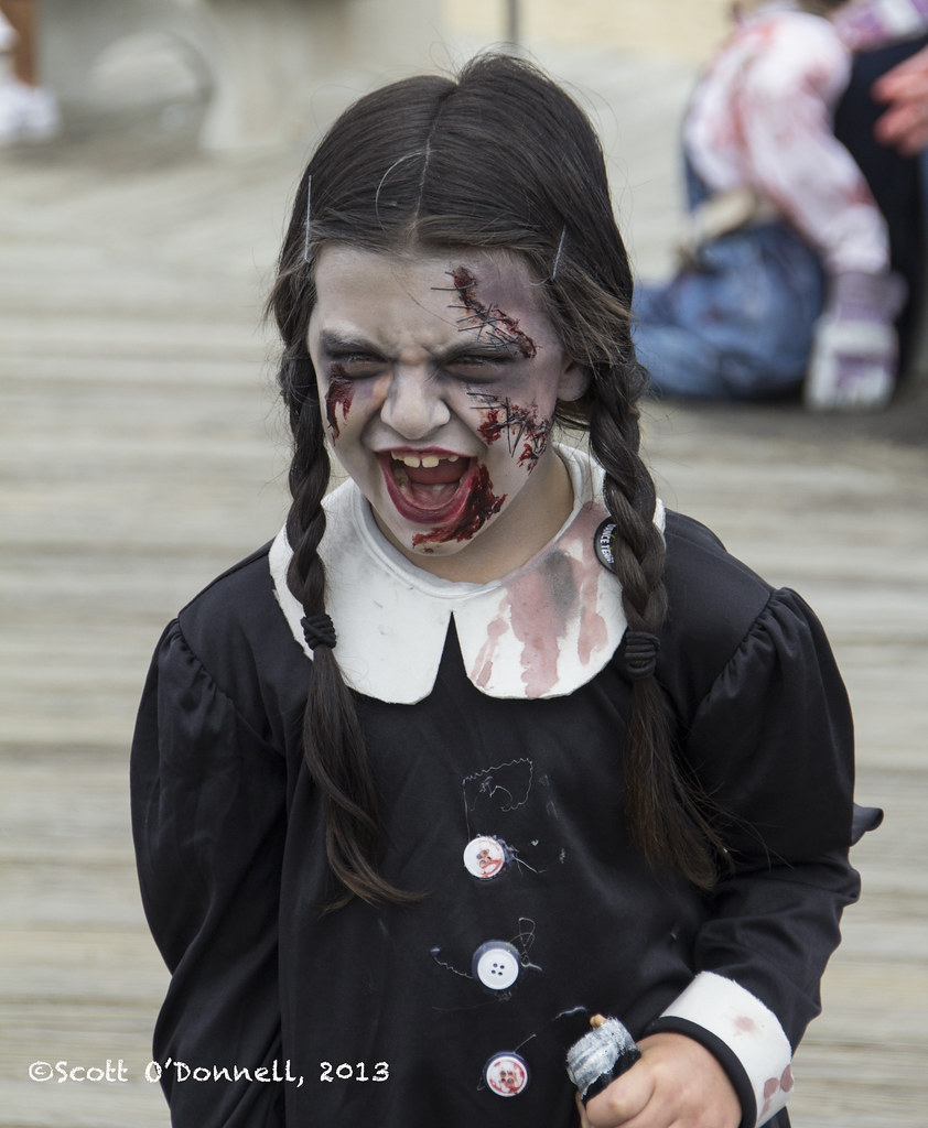 Zombie Wednesday Addams | One of the best costumes and most ...