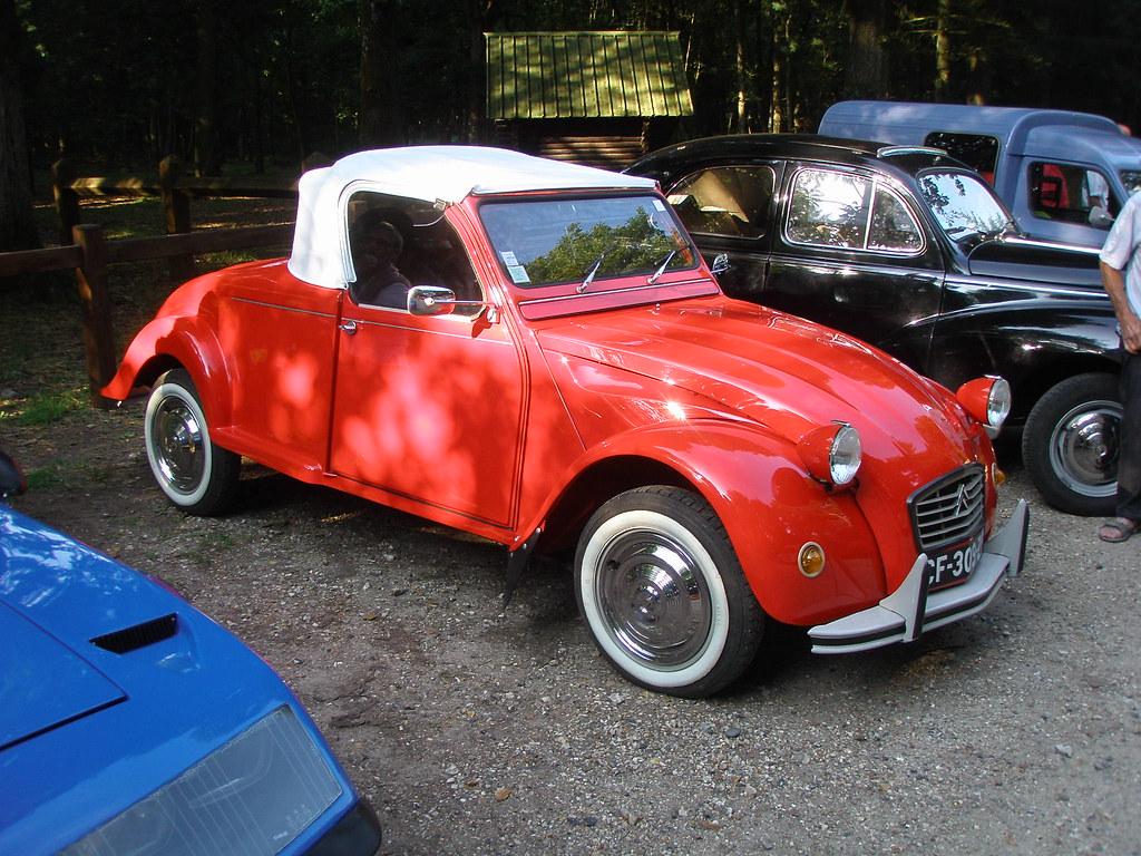 citroen 2cv cabriolet rouge f te de l 39 andelle forges les flickr. Black Bedroom Furniture Sets. Home Design Ideas