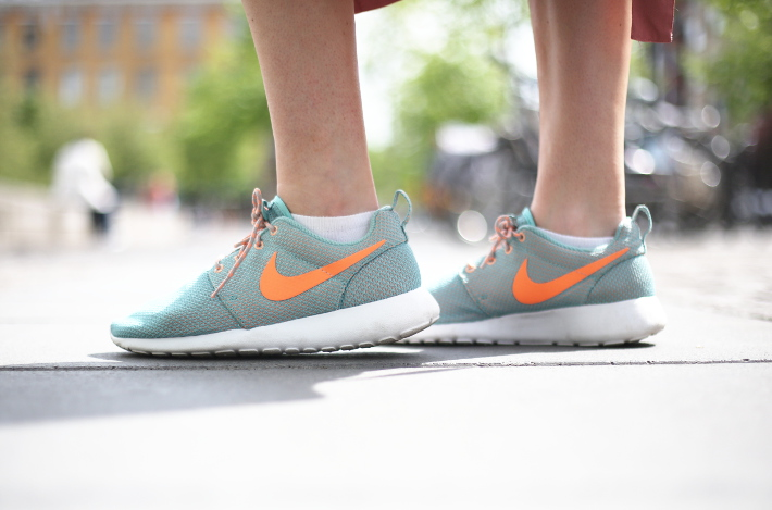 mint Nike Rosheruns