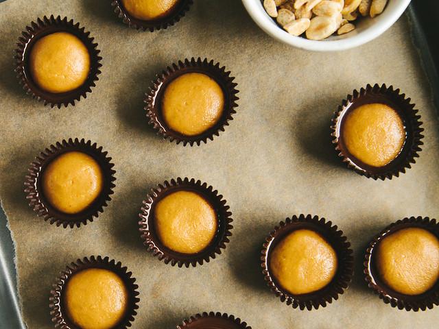 Crunchy dark chocolate peanut butter cups