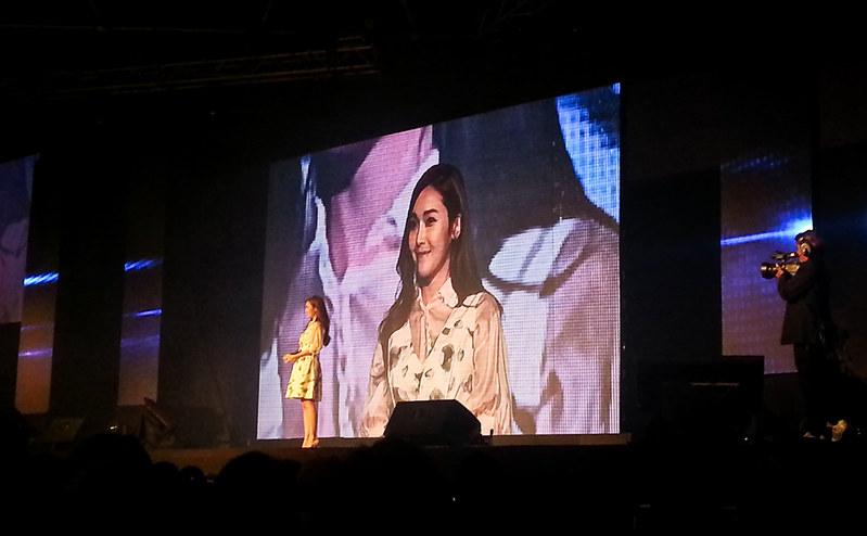 jessica_in_thailand_24