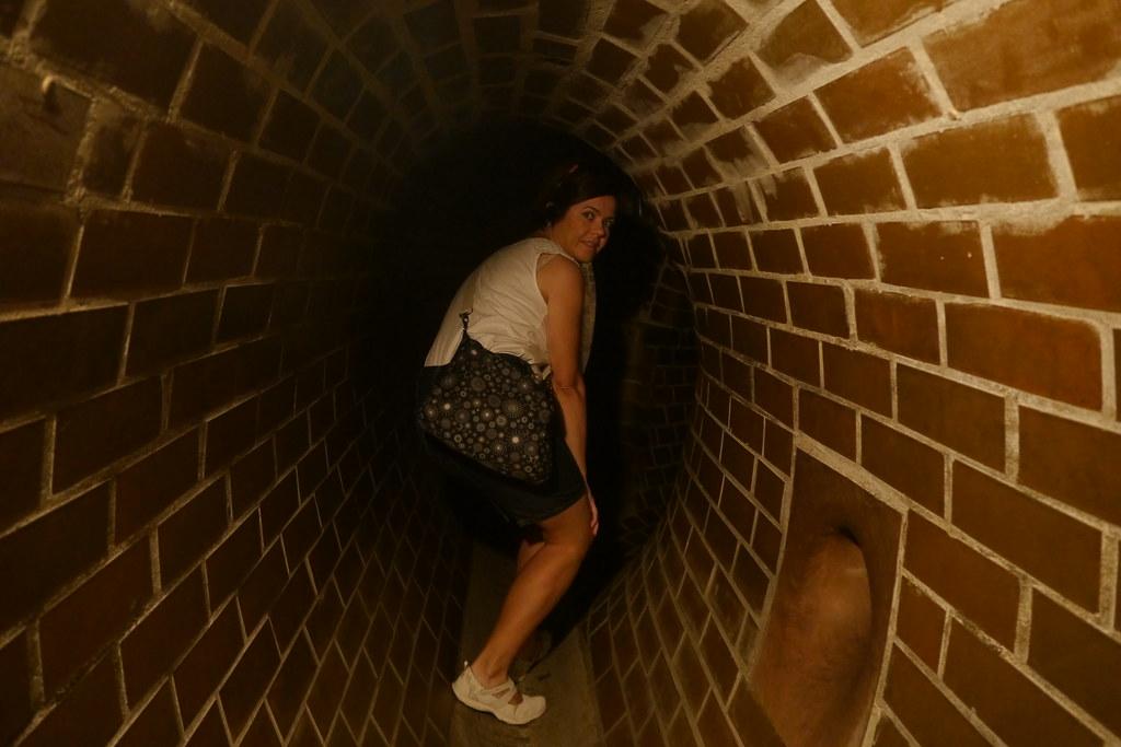 Túneles que simulaban las cloacas de Varsovia