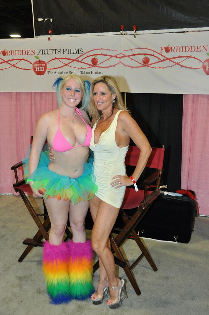 Busty Colorful Blonde With Jodi West  Follow Jodi West On -6107