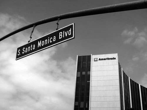 14.42.00 Santa Monica Blvd