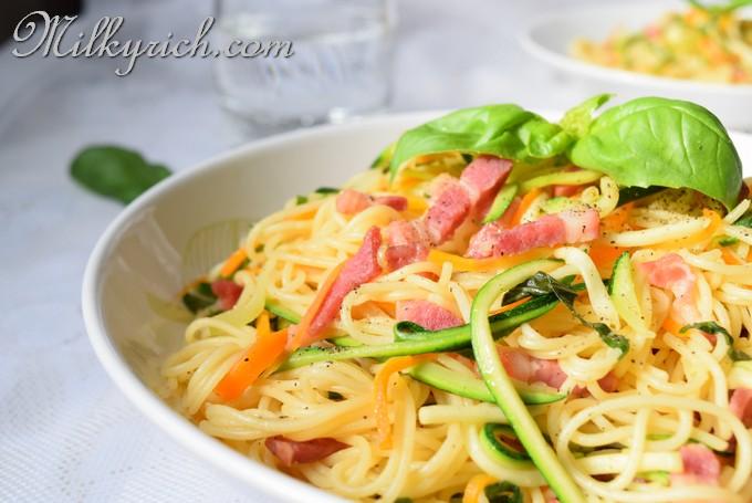 spaghetti xào - fe