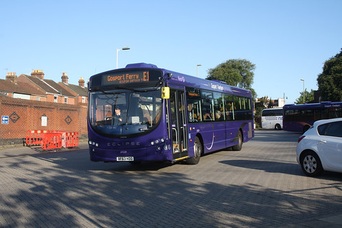 First Hampshire & Dorset 69539 BF63HDO Volvo B7RLE / Wright Eclipse Urban 2