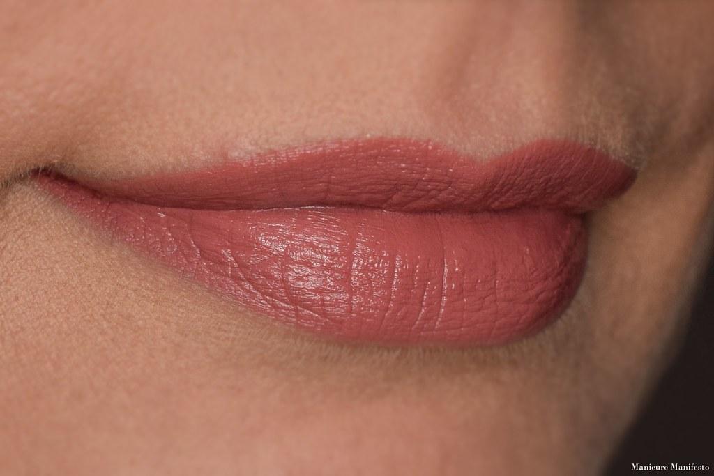 Howl Cosmetics Cuore lipstick swatch