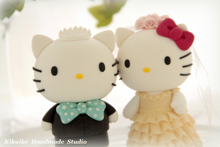 Kitty Wedding Cake Topper