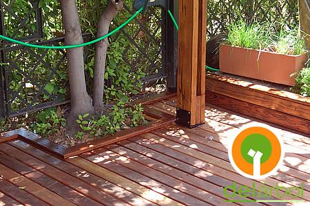 Detalle deck curupay y base de p rgola del arbol muebles - Bases para pergolas ...