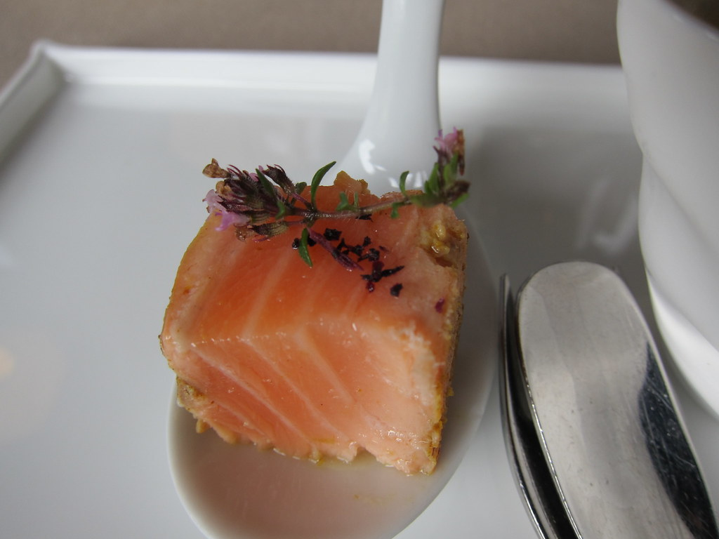 mise en bouche saumon marin mise en bouche saumon marin flickr. Black Bedroom Furniture Sets. Home Design Ideas