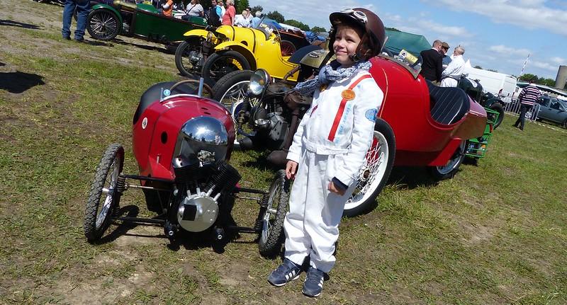 Darmont Morgan rouge + tricycle junior 16929058203_d58490ab20_c
