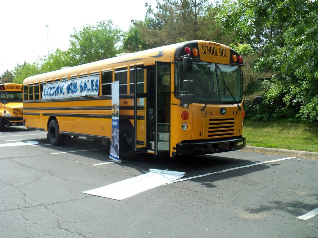 Blue Bird Bus >> BBAAT3_FE (1) | 2014 Blue Bird All American T3 FE, stock uni… | Flickr