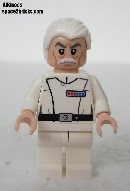 Lego Admiral Yularen p4