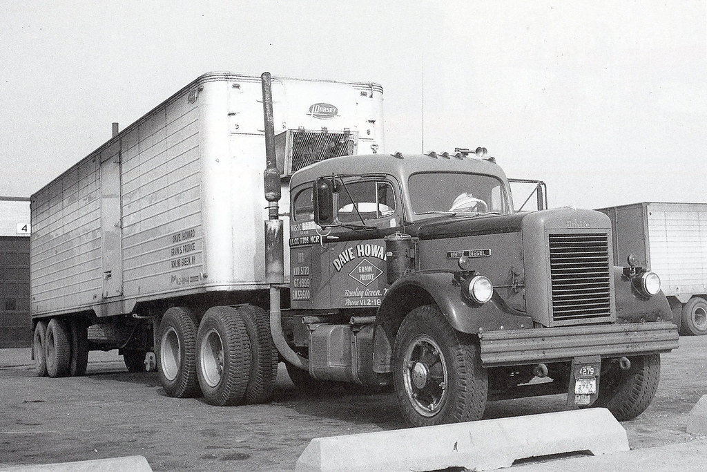 1965 White 4000 Semi Tractor : White neil sherff photo klintan flickr