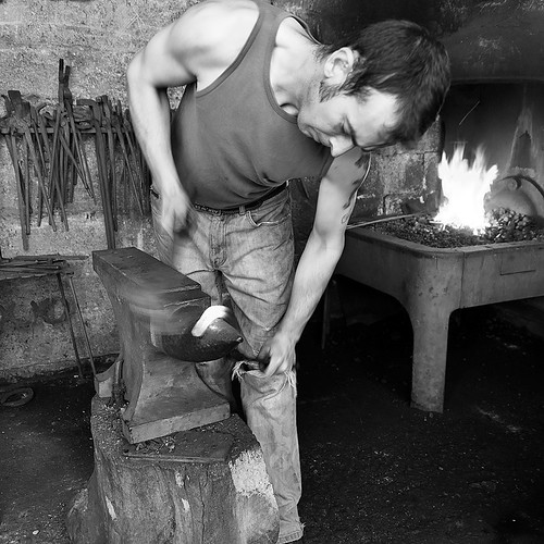 farrier, scotland 2010 | by Billy Lobban