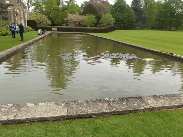 The tithe barn sudeley castle gardens reflection poo for Castle gardens pool