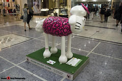 HELLO KITTY'S #ONEKINDTHING No.49 - Shaun The Sheep - Shaun in the City - London - 150511 - Steven Gray - IMG_0250