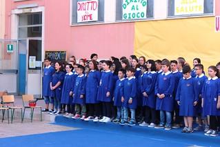 Noicattaro. Manifestazione finale classi quinte De Gasperi 2015 front