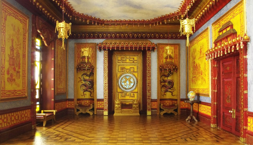 Throne Room It S Important If Not Essential To Have A