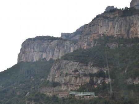 manastirea montserrat cremalera