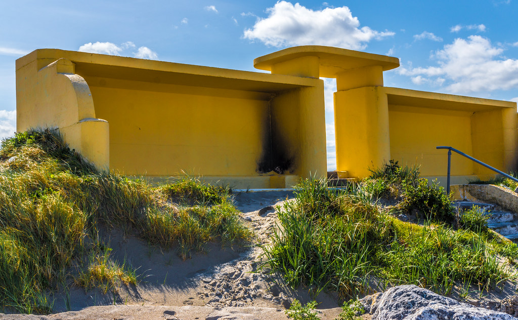 ART DECO BATHING SHELTERS AND OTHER STUCTURES 007