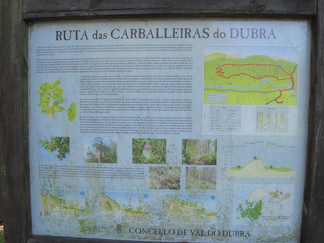 Panel en la Ruta das Carballeiras en Val do Dubra