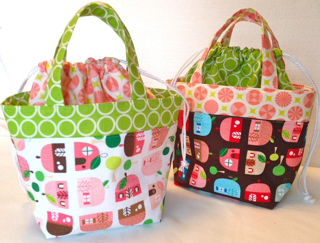 Ayumi s lunch bag pattern Blogged: thehappyzombie.com/blog? Flickr