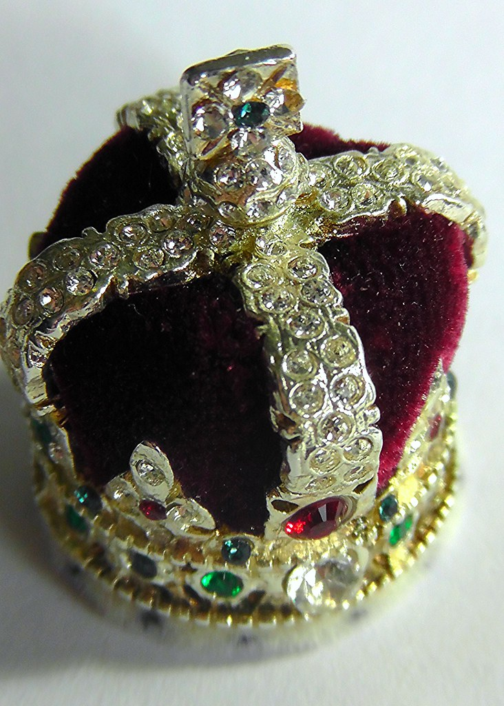 Imperial State Crown Miniature The Crown Jewels In The To