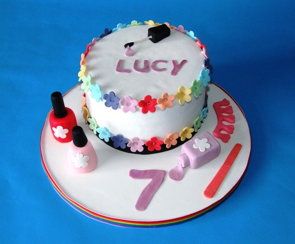 Pamper Party Cake Images : Pamper Party Cake I wasnot very happy with this cake for ...