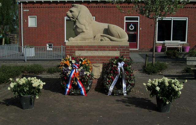 Doezum War Memorial