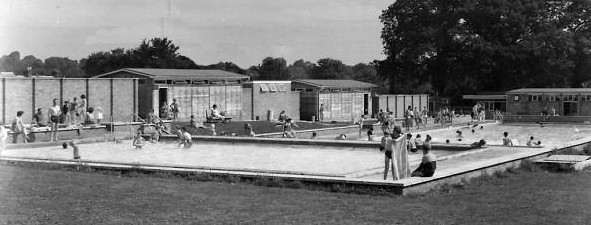 Harpenden swimming pool the open air swimming pool in - An open air swimming pool crossword clue ...