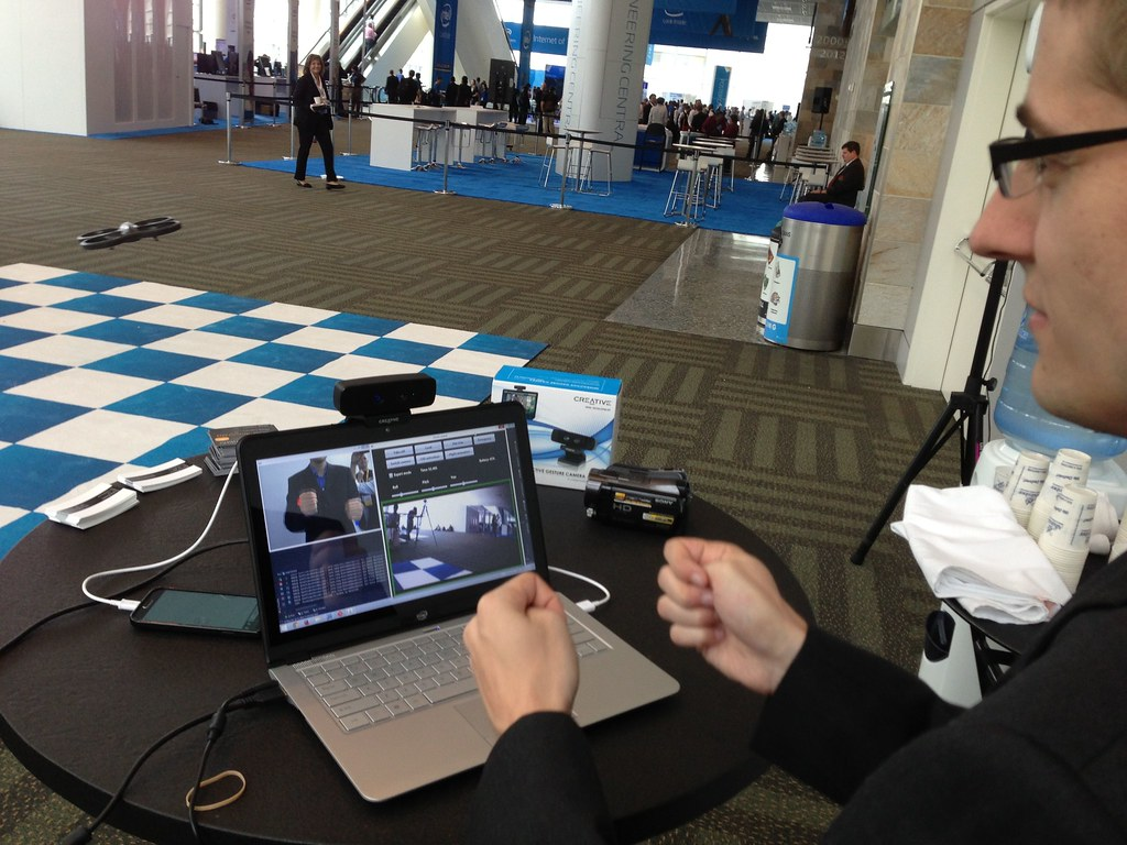 Drone Controlled By 3d Camera And Ultrabook Quot People Find