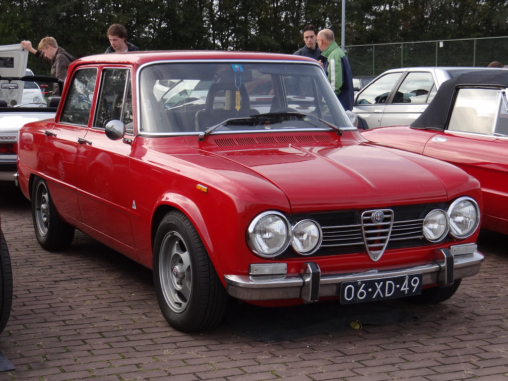 1978 alfa romeo giulia super 1 6 lusso 19 october 2013. Black Bedroom Furniture Sets. Home Design Ideas