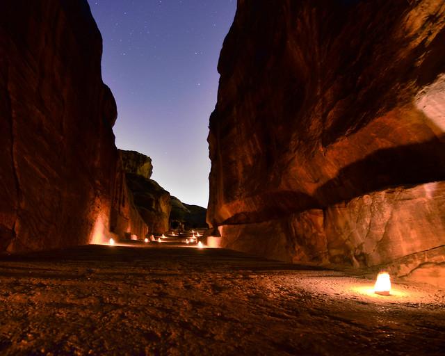Cañón del Sic, al anochecer, lo que demuestra que es seguro viajar por Jordania