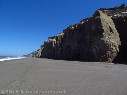 Cliffs along Floras Lake Beach, Oregon