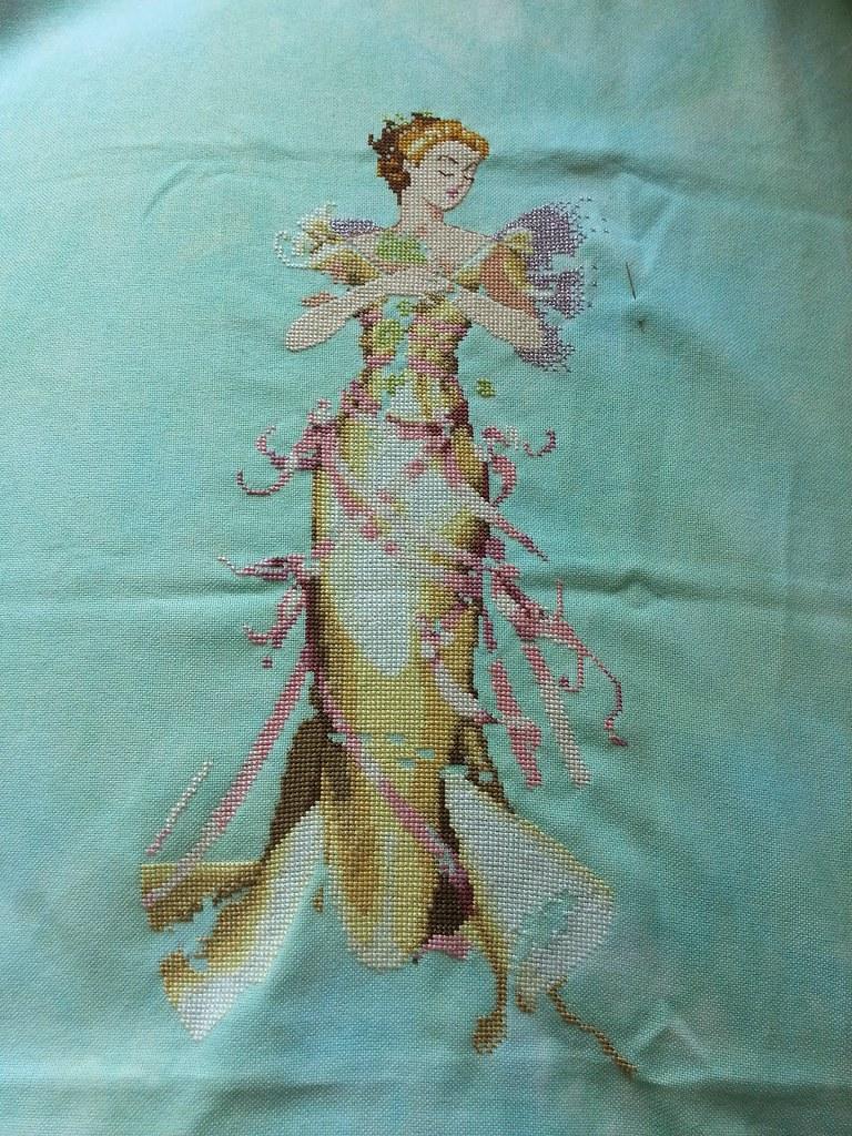 Junes Pearl Fairy  Mirabilia