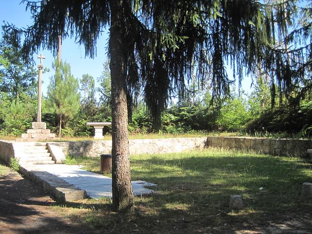 Santo Arandel en la ruta del Castro Lupario y río Sar