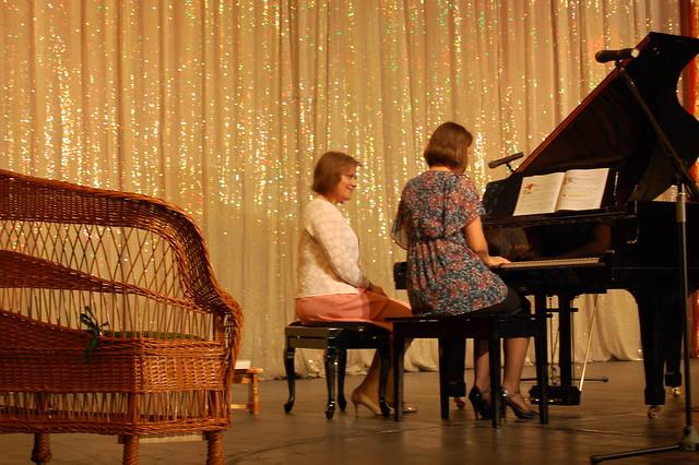 """""""Povesti muzicale la pian pentru oameni mici si mari"""" ed. a 6-a, 28 mai 2011"""