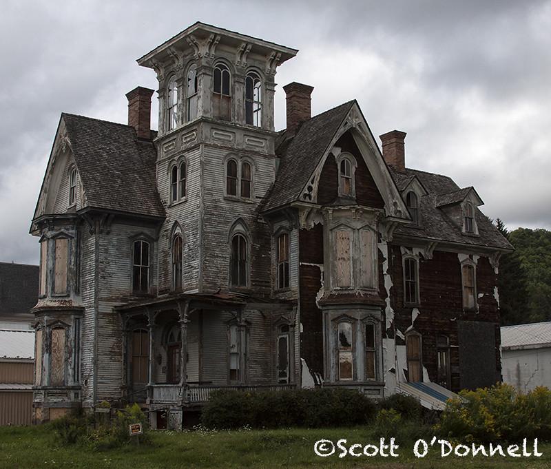 Abandoned Old Mansion In Coudersport