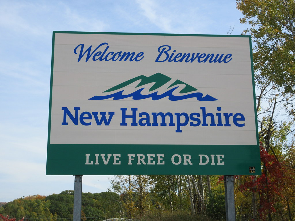 Welcome To Bienvenue New Hampshire Live Free Or Die Sign A