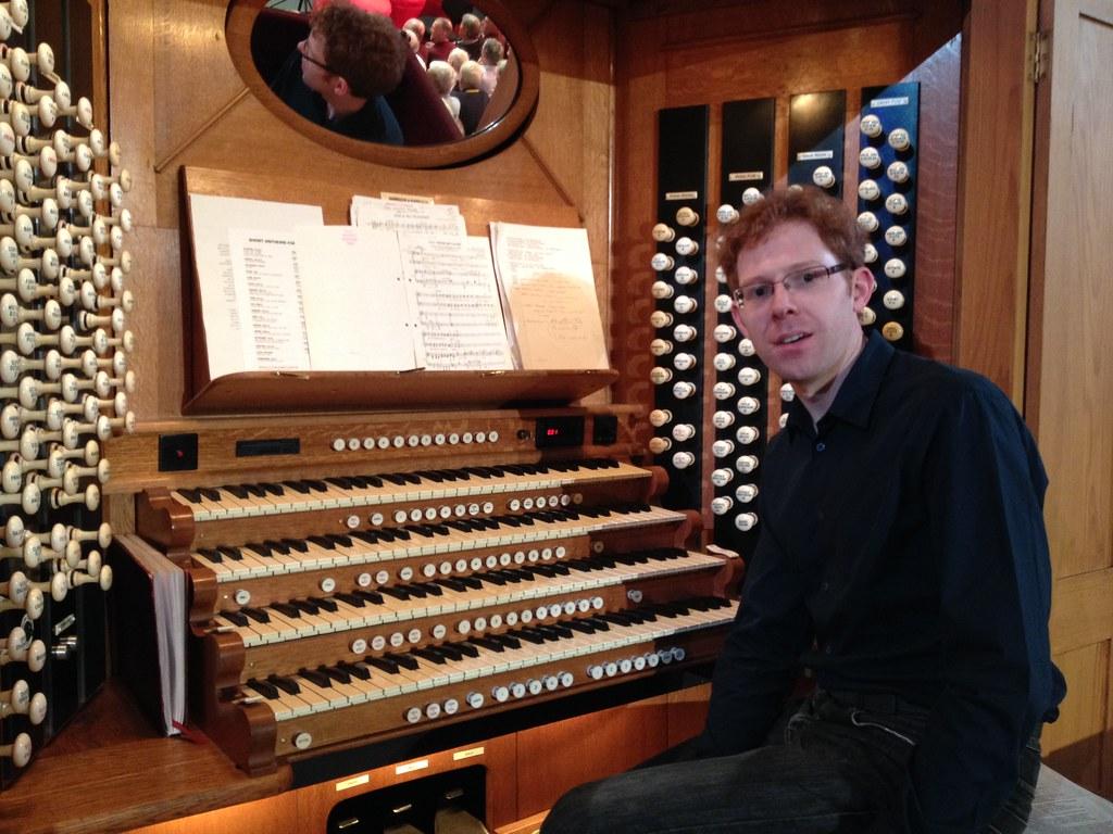 Royal Albert Hall organ console | Jonathan seated at the ...