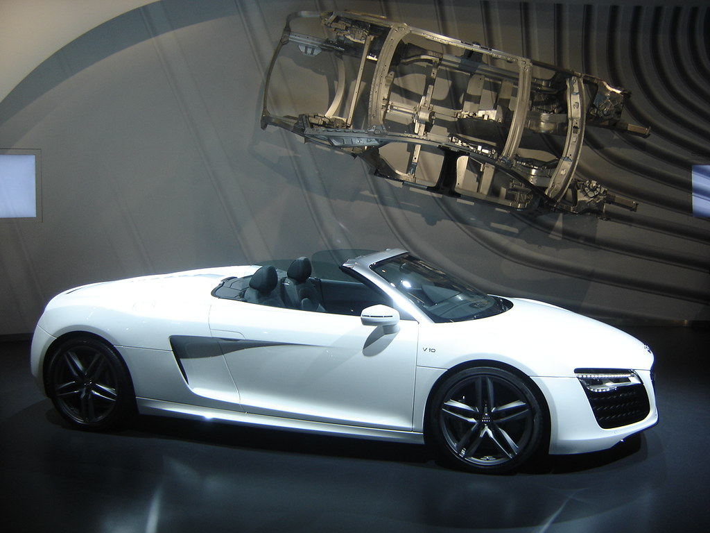 2013 audi r8 spyder the r8 is audi 39 s top of the line mid e flickr. Black Bedroom Furniture Sets. Home Design Ideas