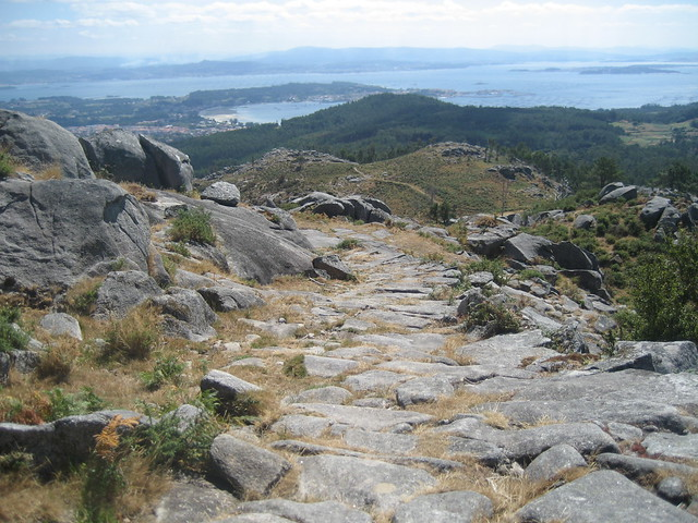 Calzada Romana en el PR-G 146 Ruta Ambiental Castelo de Vitres