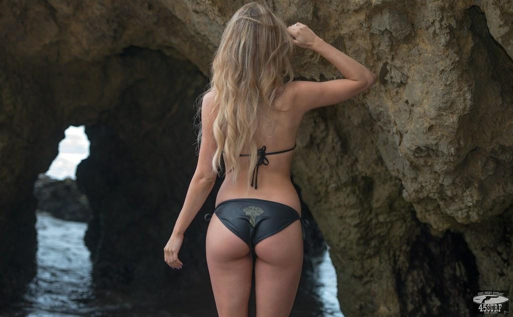Sexy Blonde Butt 43