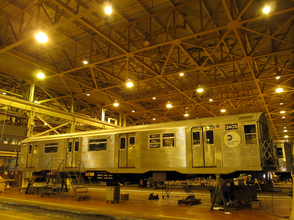 Coney island yard november 8 2011 an r32 subway car for Ny transit museum store