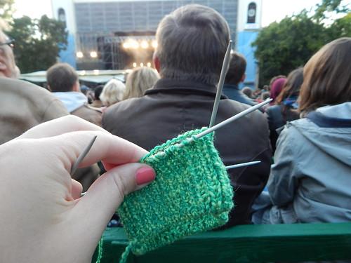 носок на концерте